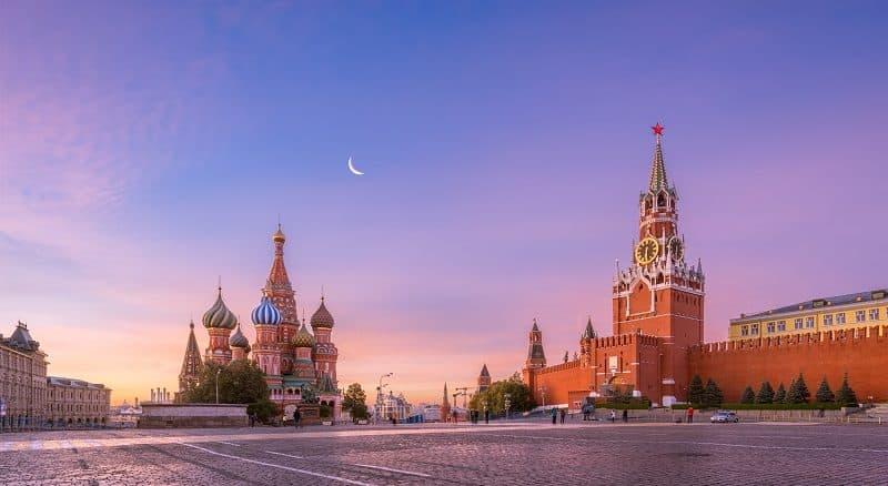 Moksua Kreml und Basilius Kathedrale - Russlandvisum von Paneurasia