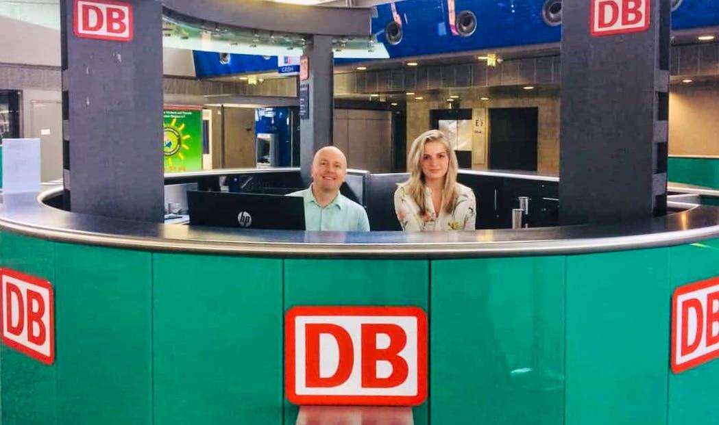 Deutsche Bahn Counter am Flughafen Leipzig/Halle