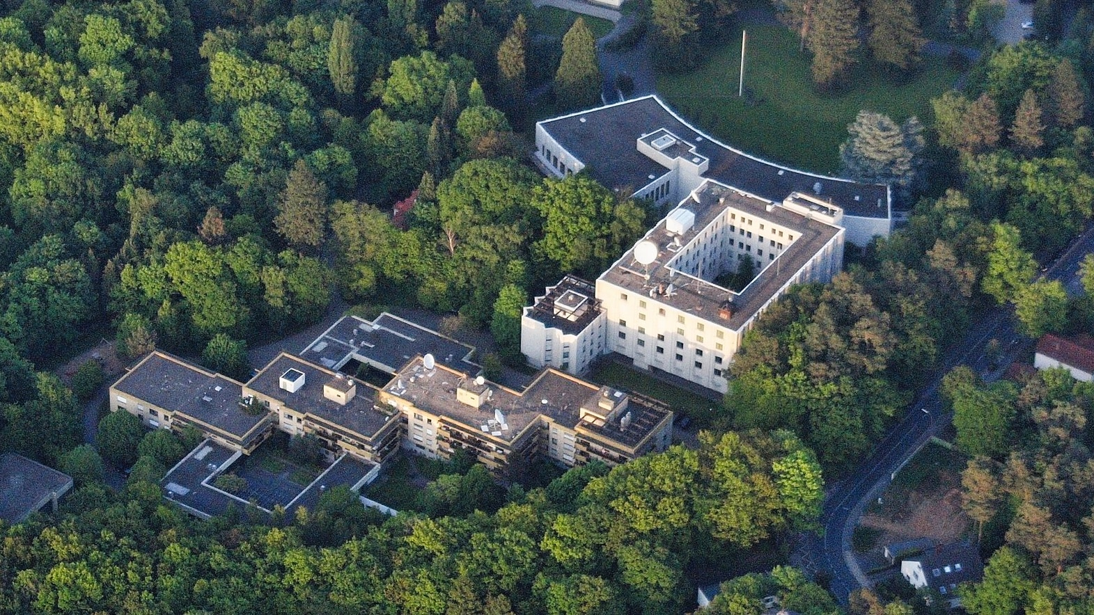 Viktorshöhe Bonn Generalkonsulat der Russischen Föderation Bild: Wolkenkratzer CC BY-SA 3.0
