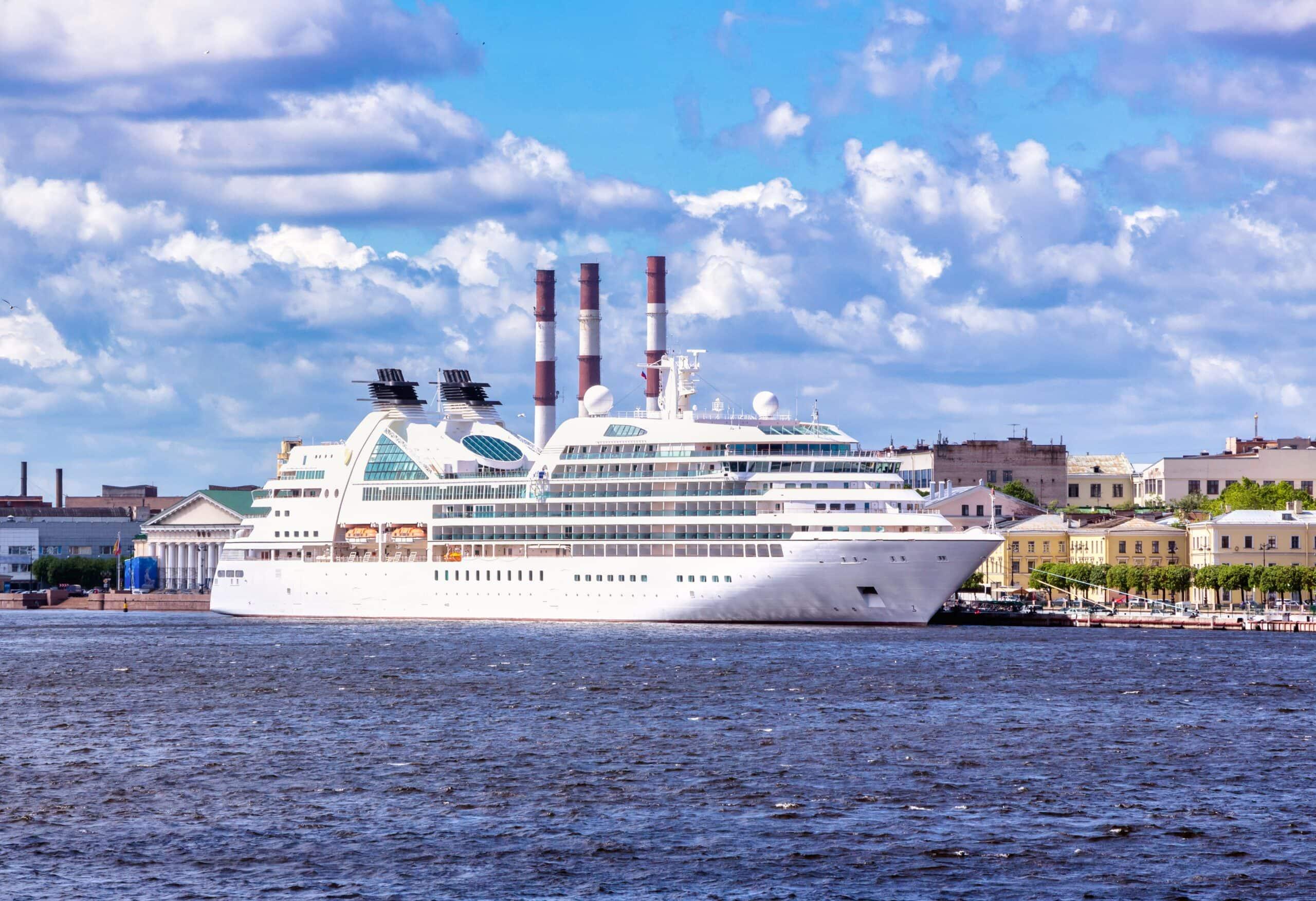Passagierhafen Sankt Petersburg